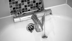 8 things you should call a plumber for